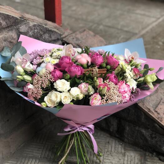 Букет Акварель с корицей и пионовидными розами
