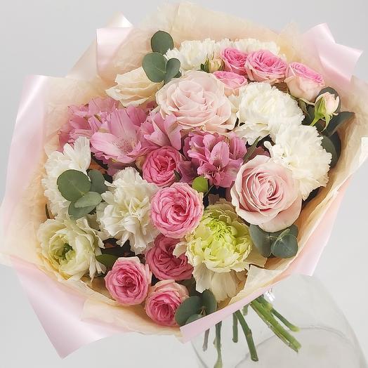Букет с диантусом, альстромерией, кустовой розой