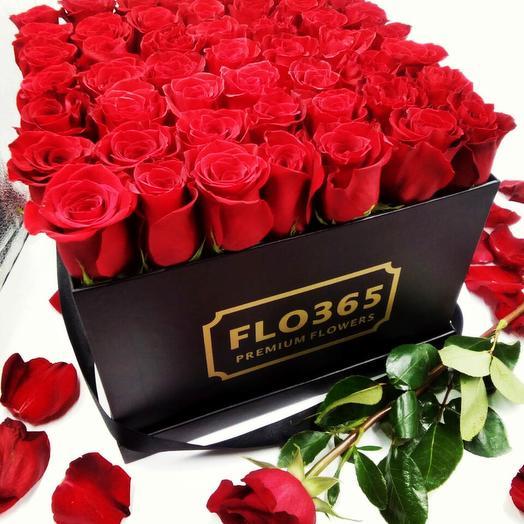 51Black: 51 роза в черной коробке: букеты цветов на заказ Flowwow