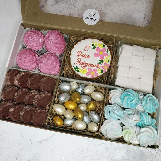 """""""На День Рождения"""" 3, подарочный набор сладостей"""