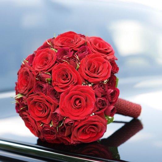 Букет невесты из роз Гран При: букеты цветов на заказ Flowwow